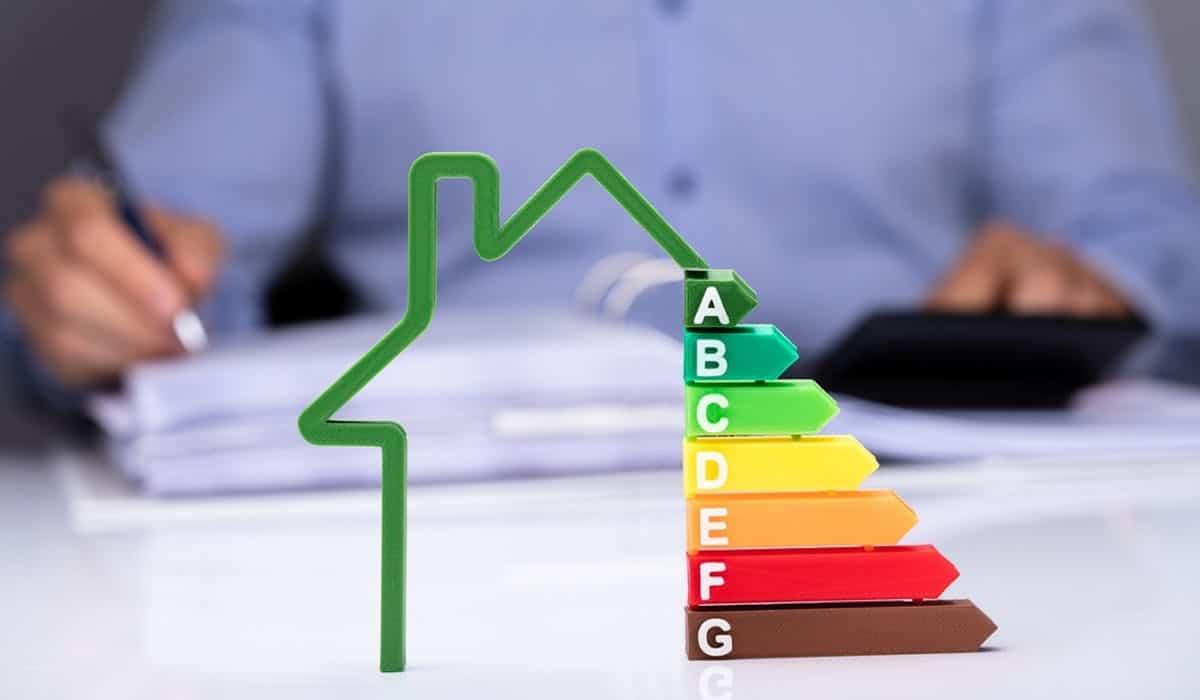 Réaliser des diagnostics immobiliers : à qui faire appel ?